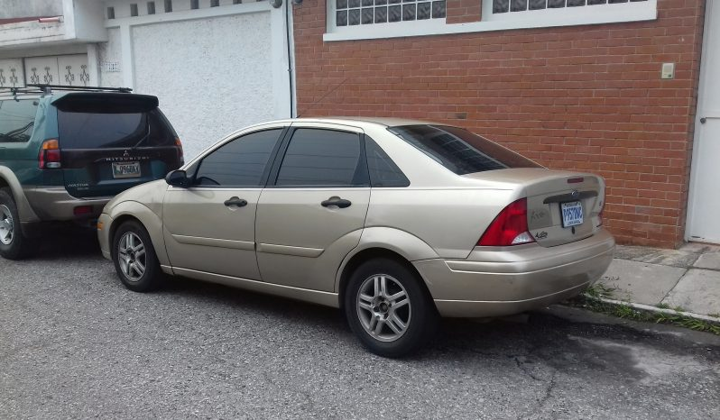 Usados: Ford Focus 2000 en Guatemala full
